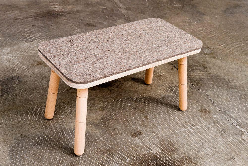 Ein passender Stuhl mit Filxbezug für den growing table