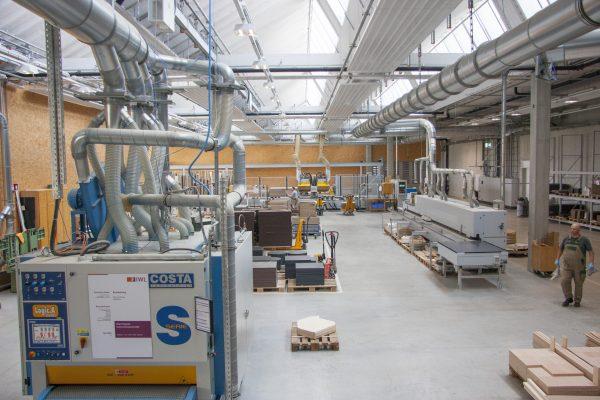 Blick in die Holzproduktion im Betrieb Landsberg