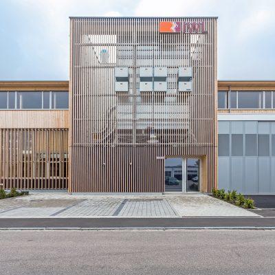Blick auf das im Jahr 2014 neuerbaute Gebäude der Rudolf-Diesel-Straße Landsberg